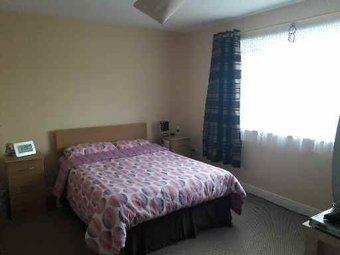 12 cnoc Bedroom