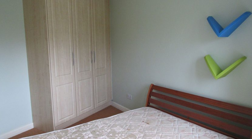 2 canal drive double bedroom