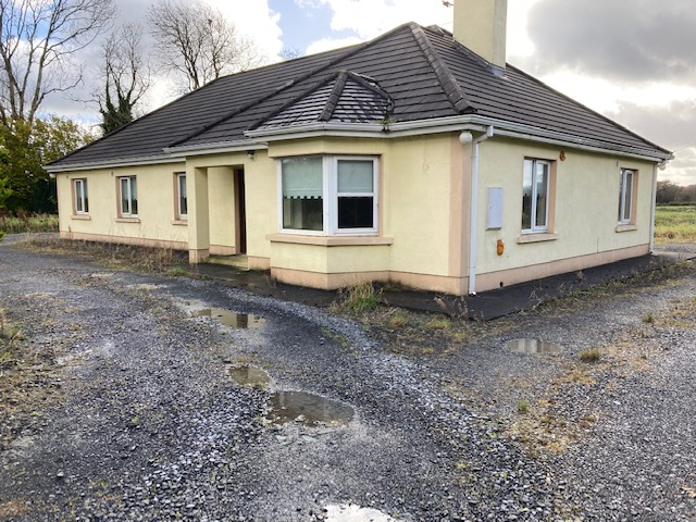 Bungalow For Sale , Killsallagh , Edgeworthstown , Co.Longford. N39AT18