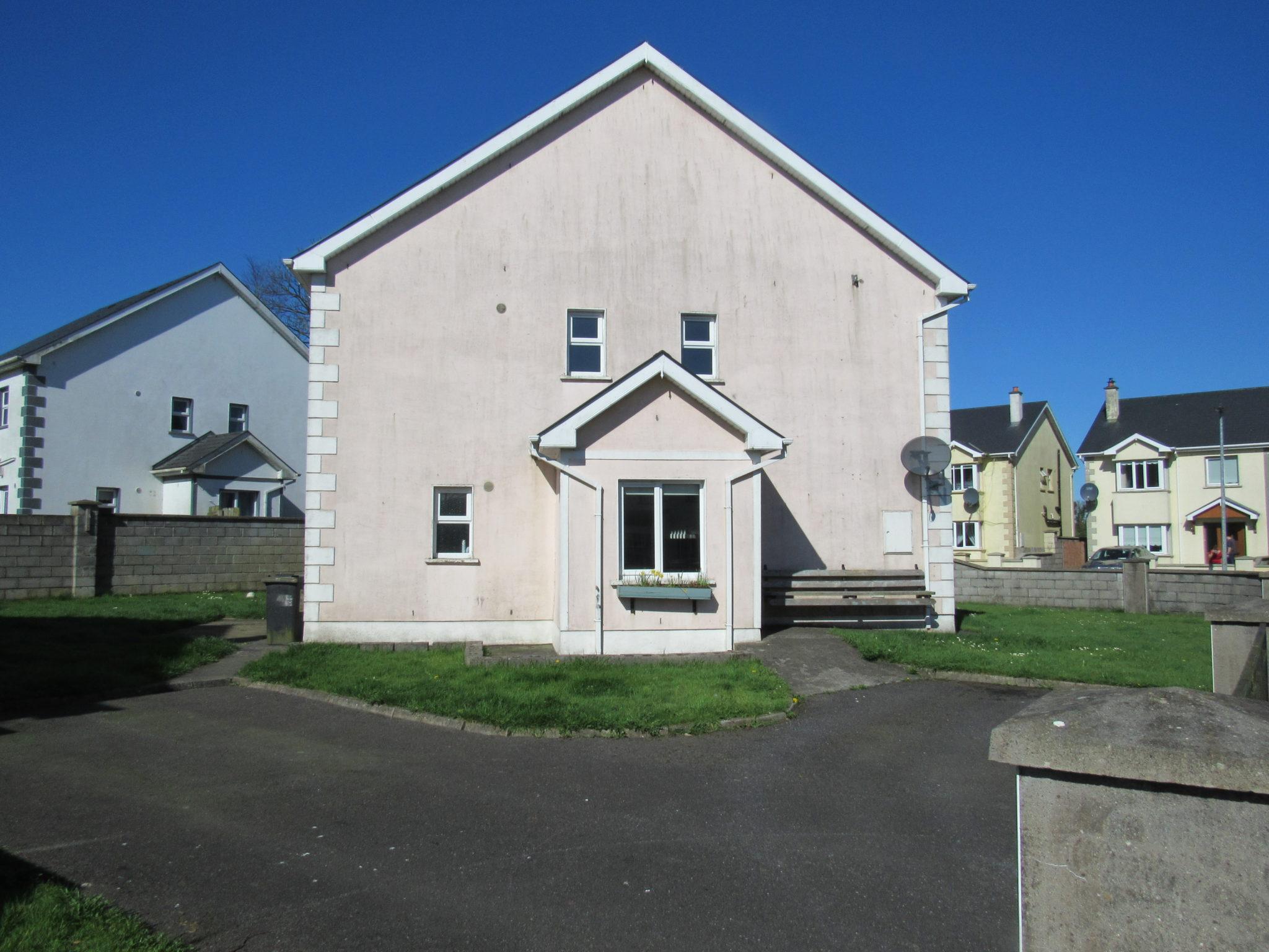 Detached House , 4 Beds – 2 baths 48 Beechwood Park , Granard ,Co.Longford  N39YE20